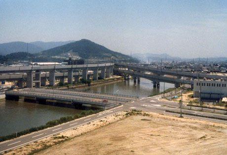 瀬戸大橋とデルタ線