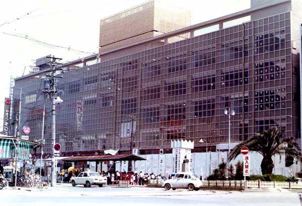 建設中の松山市駅ビル