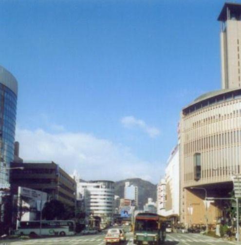 フラワーロード・神戸国際会館