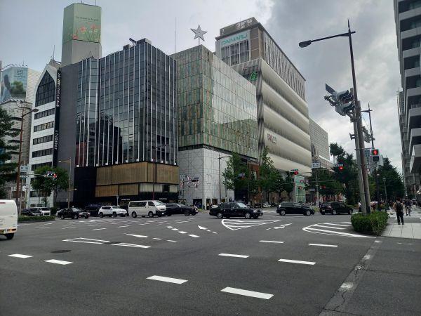 心斎橋・御堂筋のそごう・大丸デパート